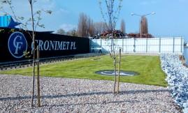 Zagospodarowanie zieleni na terenie firmy Cronimet.